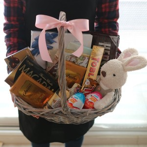 Flower Gift Korea Chocolate Basket and Stuffed Toy