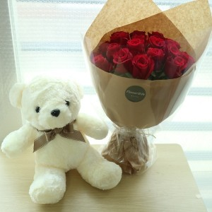 Teddy Bear and Roses Sent to Seoul and South Korea