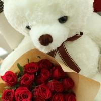 flower-gift-korea-teddy-bear-20-roses-ferror-rocher-heart-chocoaltes-2