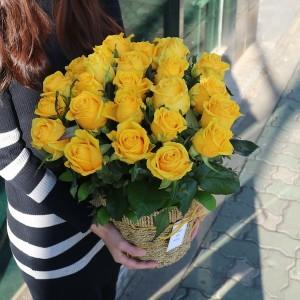 Flower Delivery Korea Standing Rose Basket 25 Premium Roses