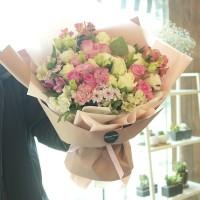 Flower Delivery Korea Seoul Super Pink Light Flower Bouquet