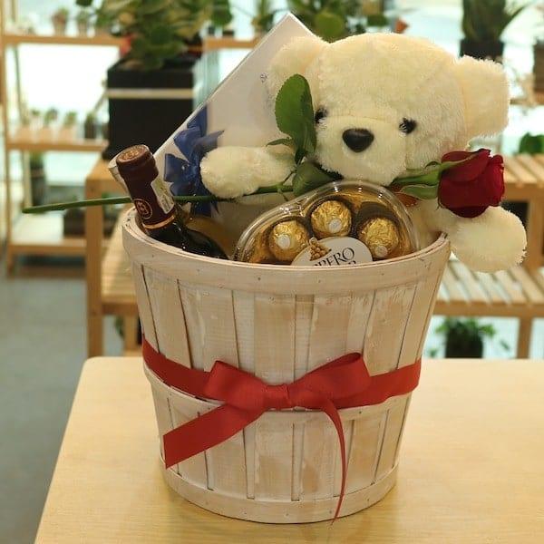 Flower Gift Korea Wine Basket Set A