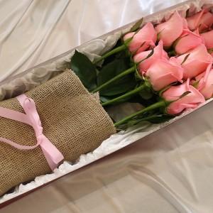 Long Stem Rose in Box Delivery in Korea