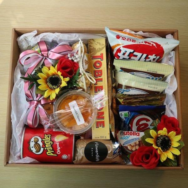 Snack Gift Box B Main