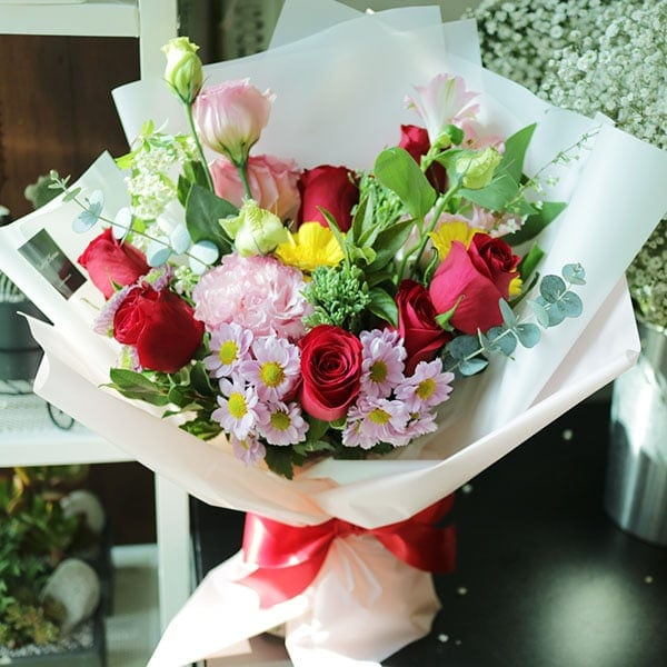 A Romantic Walk Flower Bouquet - Flower Gift Korea - 330+ 5 Star ...