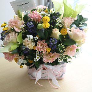 vintage touch flower basket seoul South Korea