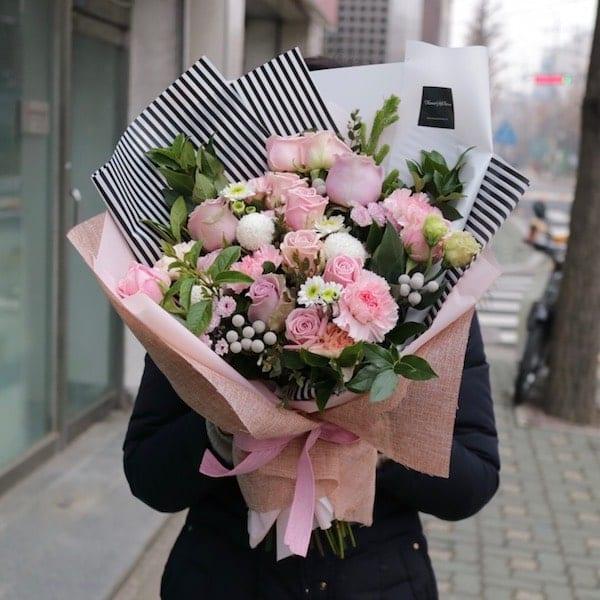 A Walk To Remember Flower Bouquet - Flower Gift Korea - 330+ 5 Star ...