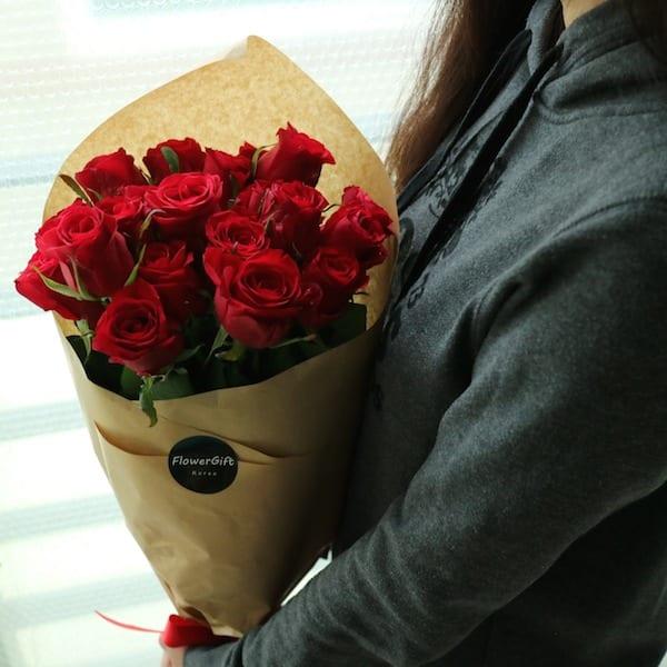 flower-gift-korea-long-stem-roses-1