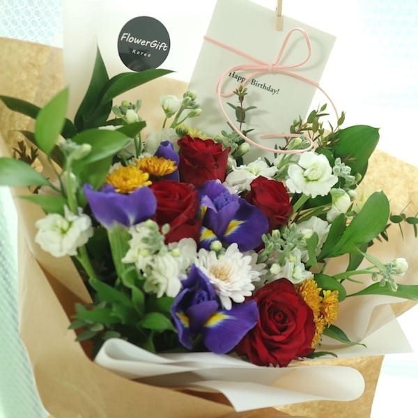 An Elegant Walk Flower Bouquet - Flower Gift Korea - 350+ 5 Star ...