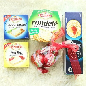 flower-shop-seoul-cheese-and-cracker-basket-gift-a-1