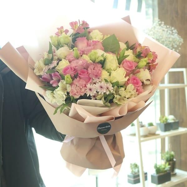 Pink Light Flower Bouquet (Super) - Flower Gift Korea - 350+ 5 Star ...