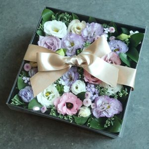 Flower Delivery Seoul Box of the Day Flower Shop Seoul South Korea